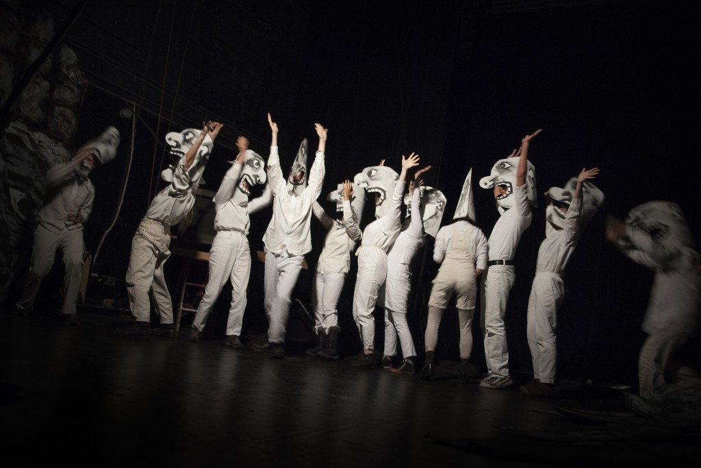 Bread and puppet 12 (a)