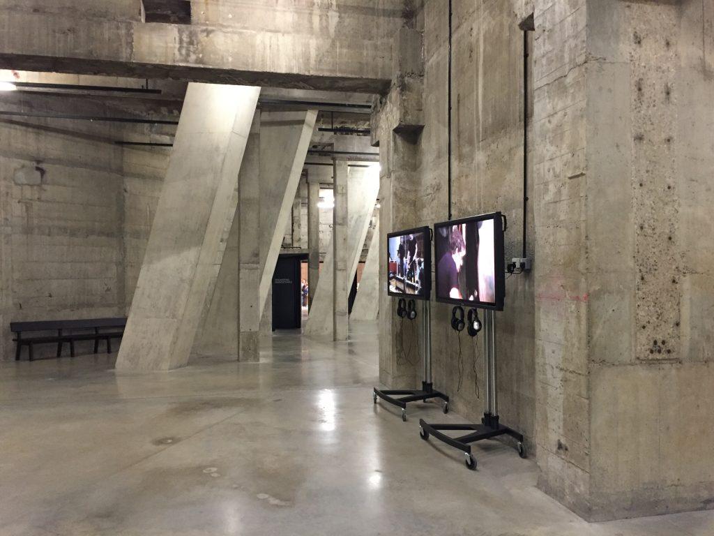 Το εσωτερικό της νέας πτέρυγας της Tate Modern