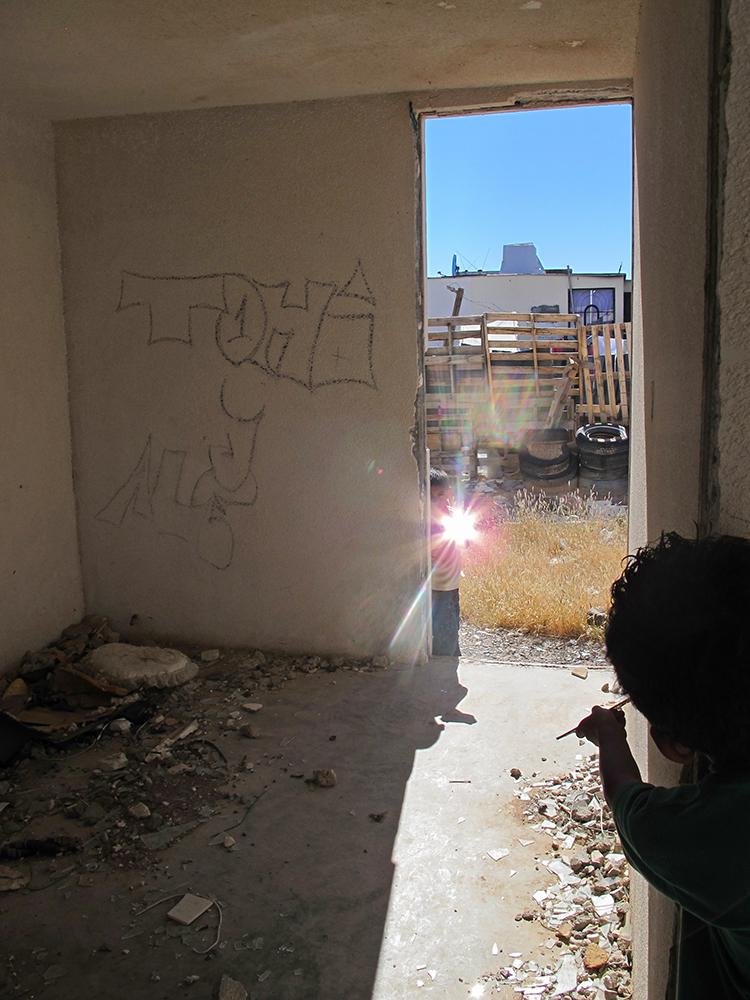 Children's Game #15: Espejos, Ciudad Juárez, México, 2013, Video