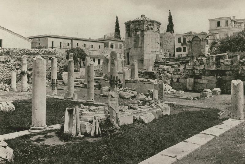 Η Ρωμαϊκή Αγορά και το Υδραυλικό Ωρολόγιο του Ανδρονίκου Κυρρήστου (Πύργος των Αέρηδων) από τα νοτιοανατολικά, 1923