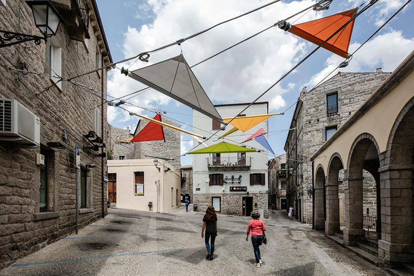 «12 χρωματιστά μολύβια»: ένα έργο του Renzo Piano στη μνήμη του τραγουδοποιού Φαμπρίτσιο ντε Αντρέ