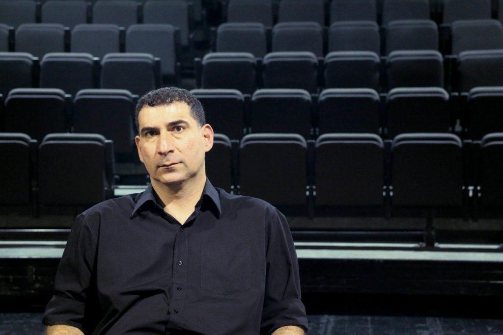 Ο σκηνοθέτης Γιάννης Οικονομίδης ©Δανάη Κωτσάκη