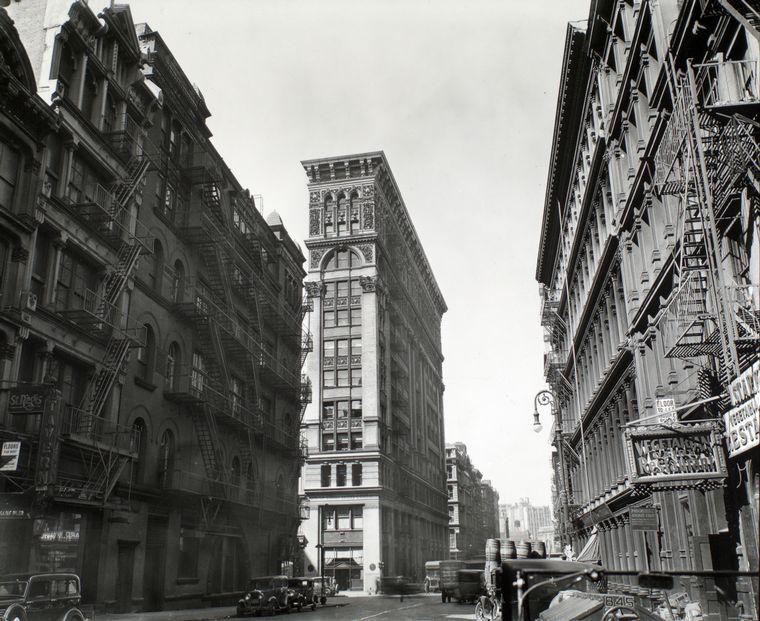 Μπερενίς Άμποτ, Broadway near Broome Street, Manhattan, NYPL