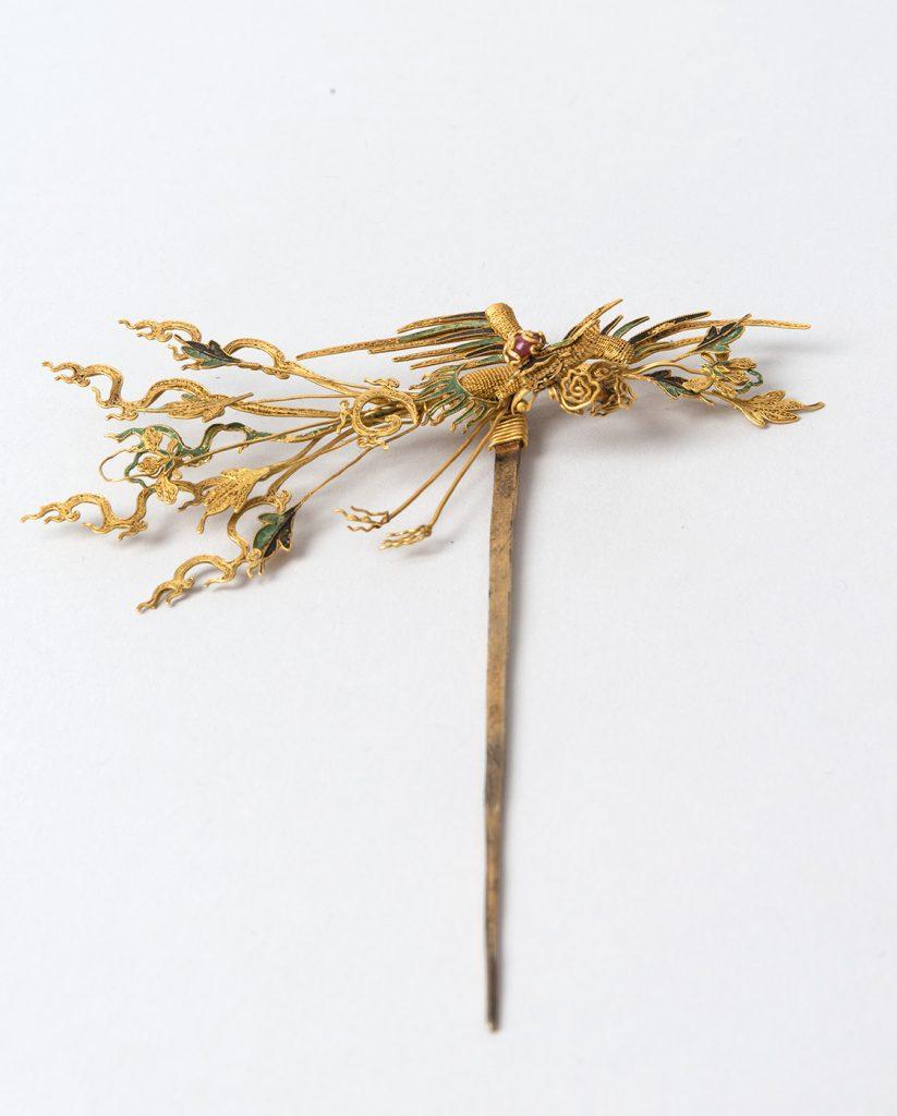 Χρυσός, ασήμι, πολύτιμοι λίθοι. Προέλευση: Κίνα 17ος αιώνας
