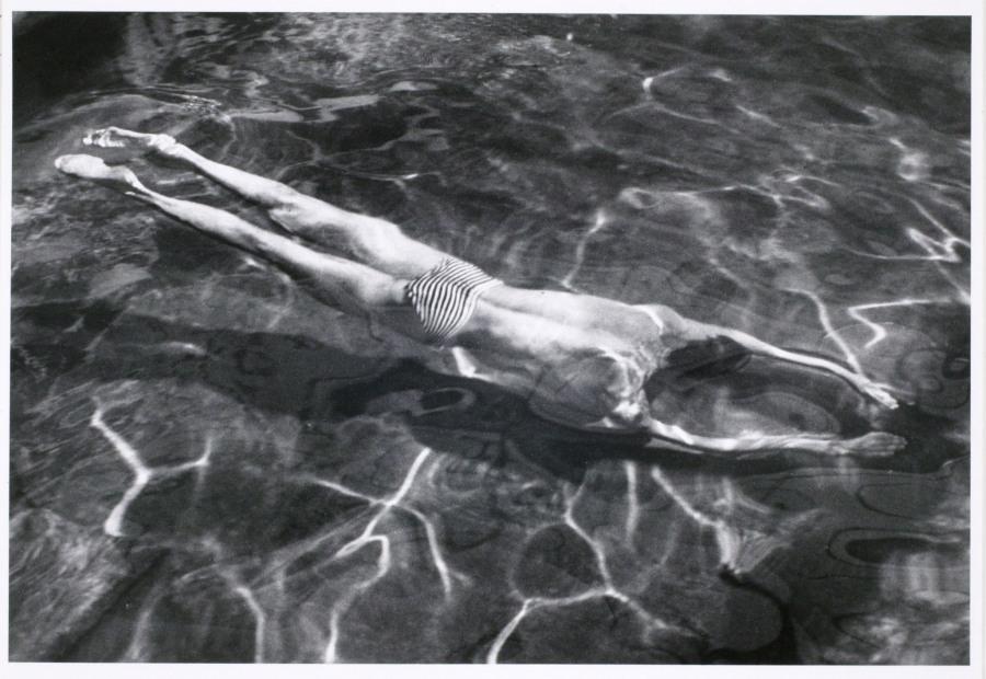 Underwater Swimmer,1917, André Kertész