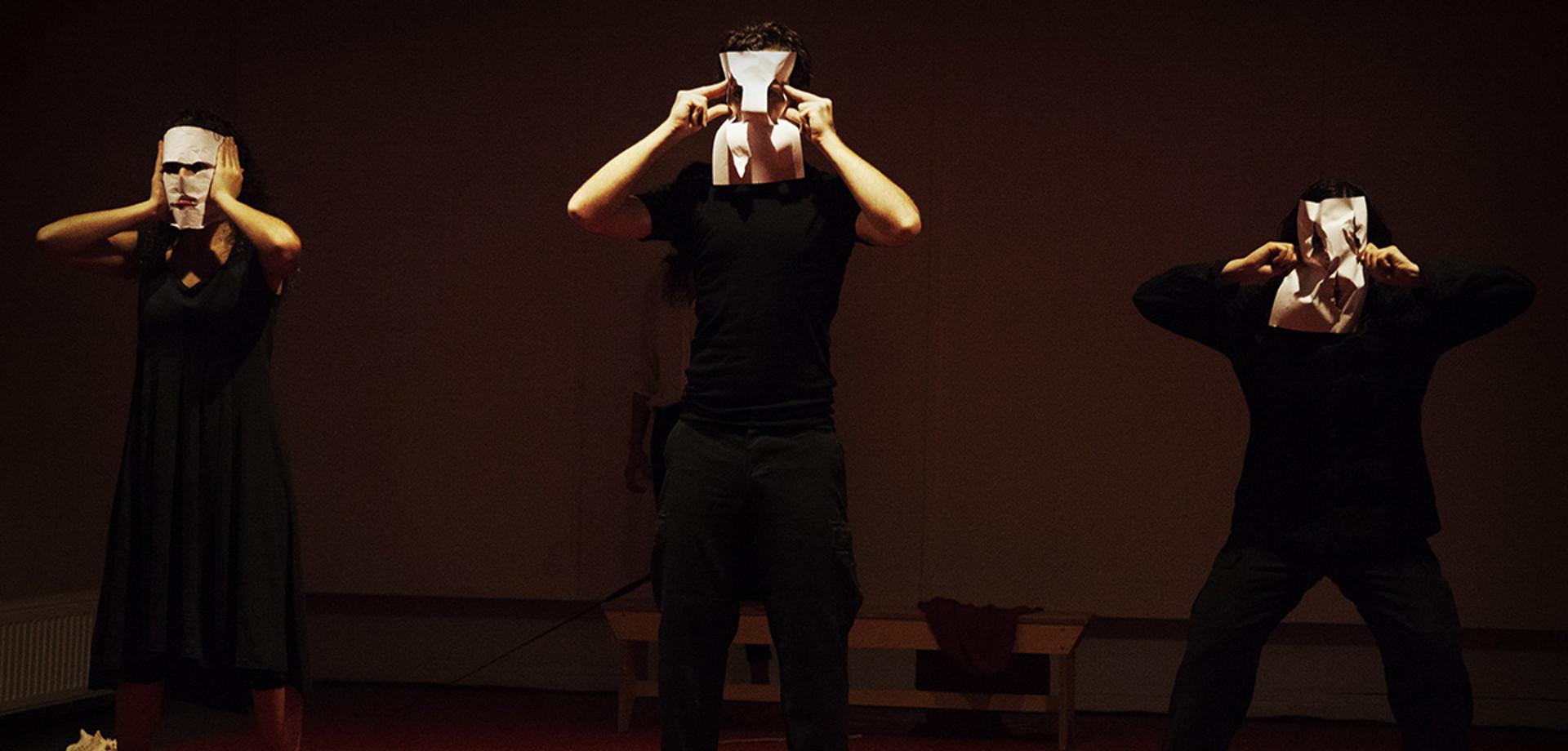 «Η Αποστολή: Ανάμνηση από μιαν Επανάσταση» στο Θέατρο Άττις