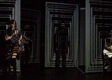 «Εκτός Ορίων» στο Θέατρο Ιλίσια Βολανάκης