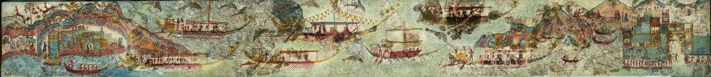 Μικρογραφική ζωφόρος, μήκους 4 περίπου μέτρων, από την ανώτερη ζώνη του νότιου τοίχου στο δωμάτιο 5 της Δυτικής Οικία, με παράσταση νηοπομπής. Τα πλοία είναι πολεμικά, ιστιοφόρα, και παριστάνονται σε 2 σειρές. Ομοίωμα άγριου θηρίου (λιονταριού ή ερπετού) στην πρύμνη πιθανώς αποτελούσε το έμβλημα του σκάφους, ενώ η παράσταση ικρίου εικονίζει τον μικρό θάλαμο του κυβερνήτη. Μπροστά στέκεται όρθιος ο τιμονιέρης, ρυθμίζοντας την κατεύθυνση του πλοίου. Αντίκρυ στον τιμονιέρη και δίπλα από την καθιστή μορφή βρίσκονται οι ασπίδες των πολεμιστών που εικονίζονται καθισμένοι. Τα ιστία των πλοίων της κάτω σειράς είναι κατεβασμένα και εμφανίζονται τα κράνη και τα ακόντια των πολεμιστών. Οι σκυμμένοι κωπηλάτες στην κουπαστή κάθε πλοίου διακρίνονται μόνο από τα κεφάλια τους και από τα χέρια τους που κρατούν τα κουπιά.