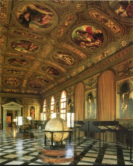 Γενική άποψη της αίθουσας της Μαρκιανής Βιβλιοθήκης, σύμφωνα με τα σχέδια του Jacopo Sansovino