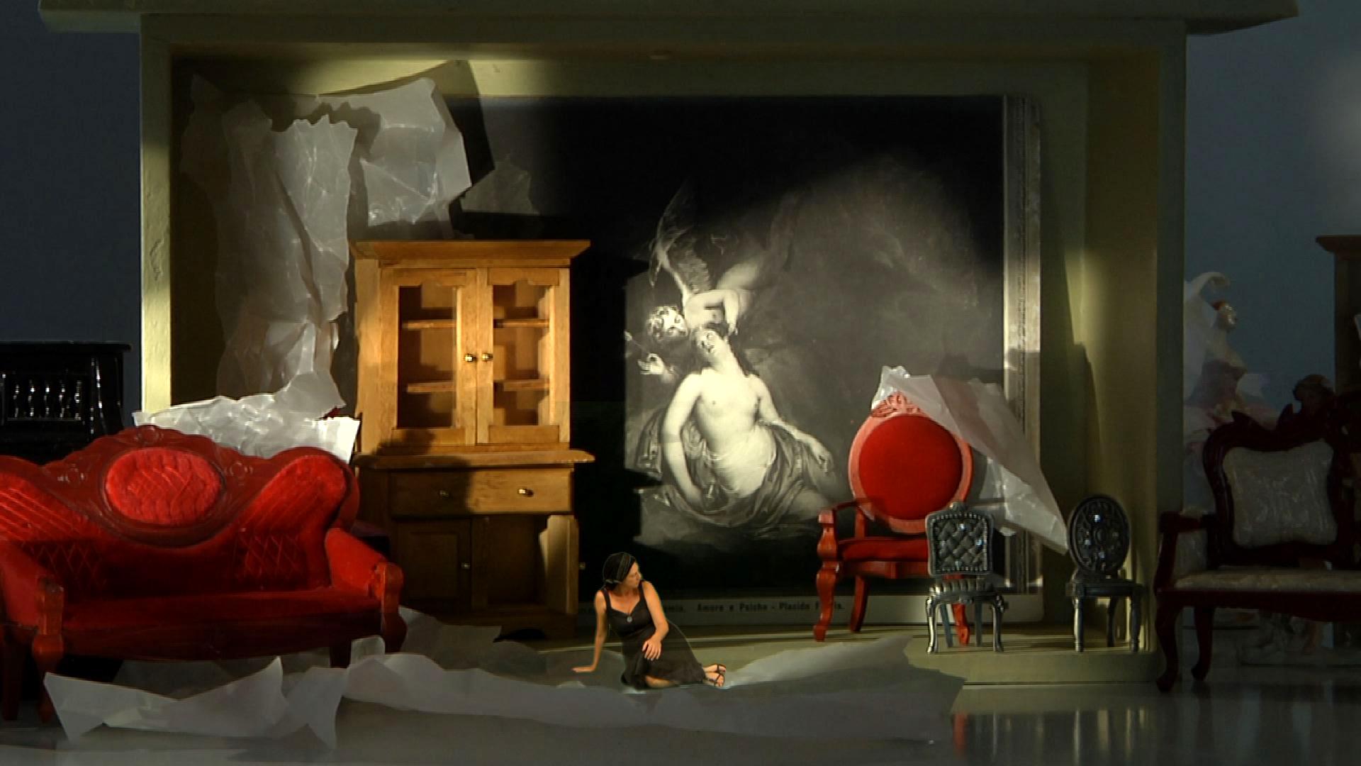 Από τη βιντεοεγκατάσταση στο μουσείο Μπενάκη