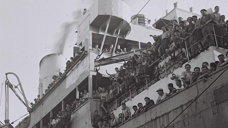 """Το """"Ματαρόα"""" στο λιμάνι της Χάιφα, 15 Ιουλίου 1945"""