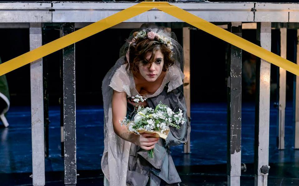 Η Αναστασία-Ραφαέλα Κονίδη στην παράσταση «Αντιγόνη»
