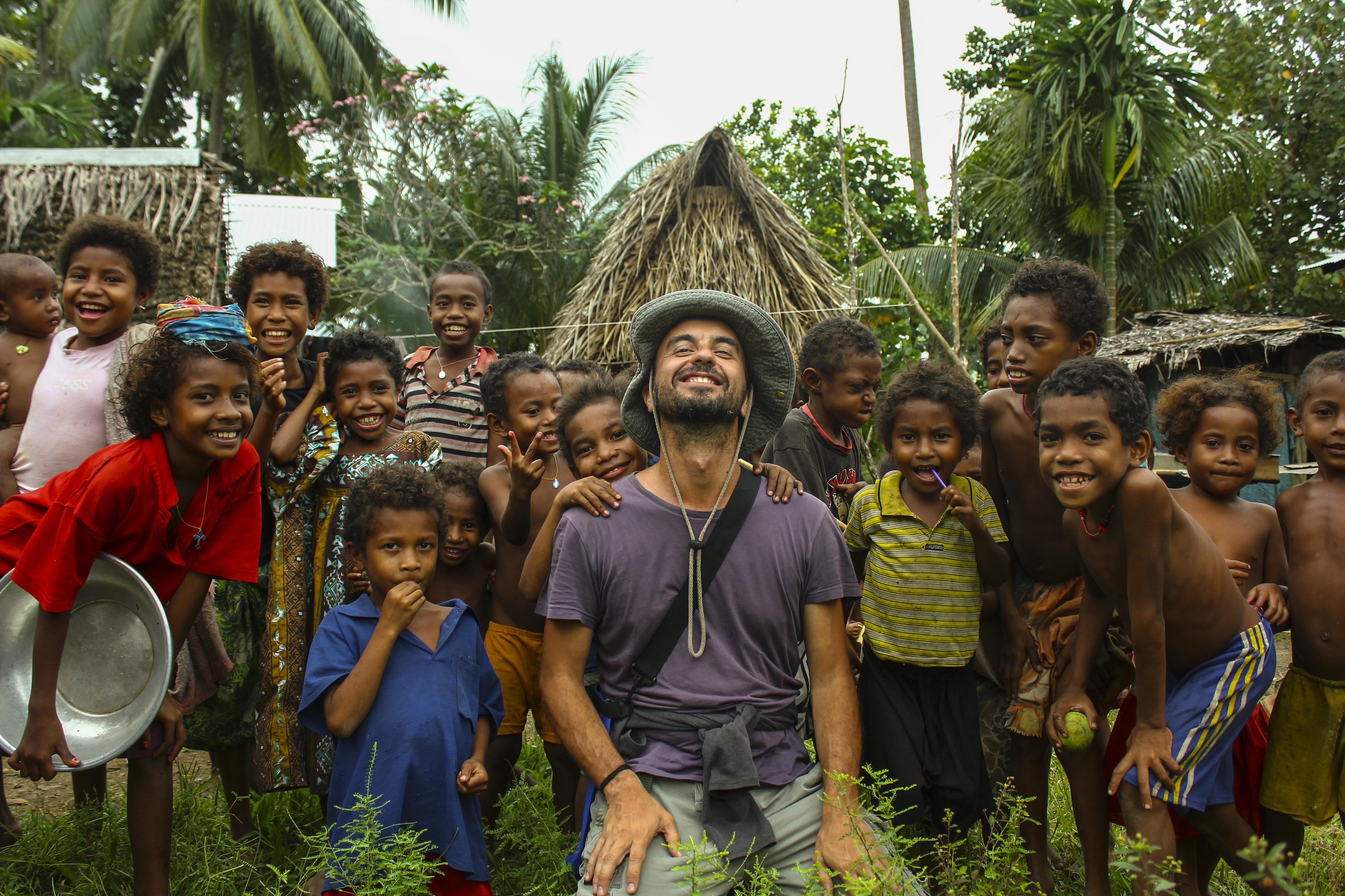Ο Αλέξανδρος Τσούτης στην Παπούα Νέα Γουινέα