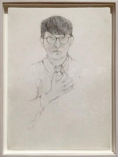 . Ντέιβιντ Χόκνεϋ (Αγγλία, γ. 1937). Αυτοπροσωπογραφία, 1954 Γραφίτης σε χαρτί (38x28). Ευγενική προσφορά της Tate Gallery, Λονδίνο.