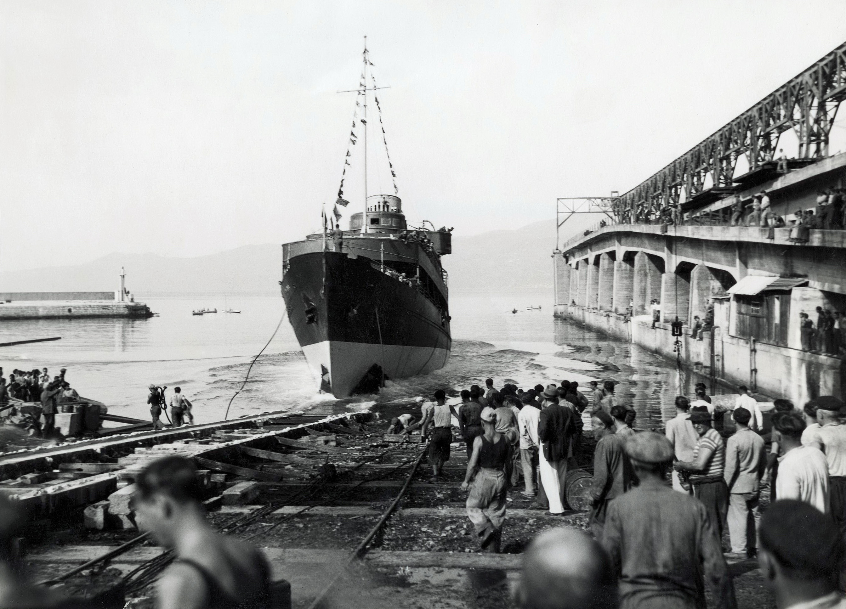 Η καθέλκυση του Laurana στο λιμάνι του Fiume (1939) [Maritime and History Museum of Croatia Littoral Rijeka]