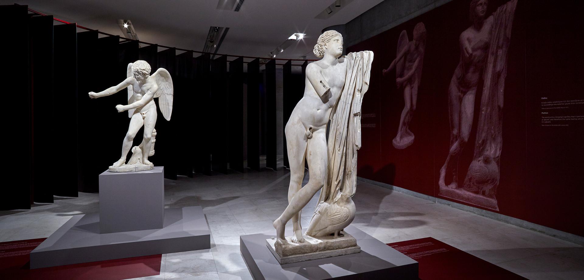 Μανώλης Μητσιάς στο μουσείο Ακρόπολη