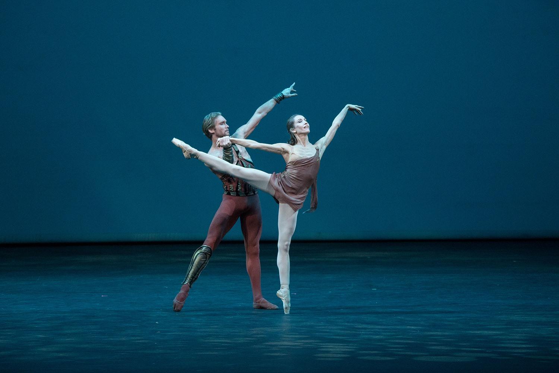 Μπαλέτα Bolsoi γιορτάζουν το Lavrovsky στο Θέατρο Δάσους και στο Ηρώδειο