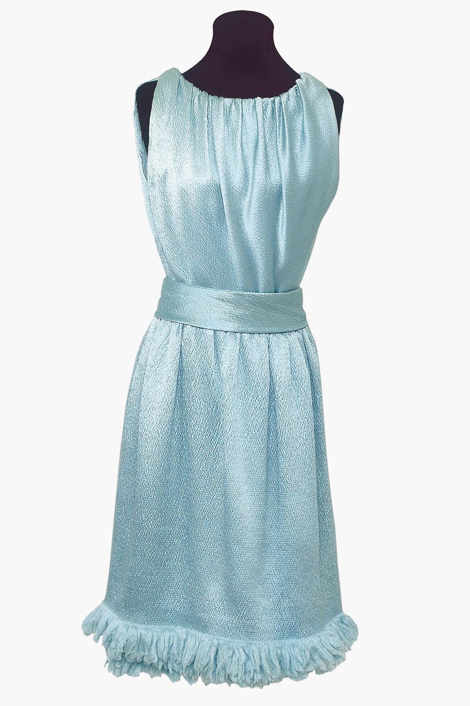 Γαλάζιο σατέν φόρεμα με υπογραφή του Ιμπέρ ντε Ζυβανσί