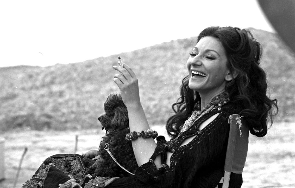 """Η Μαρία Κάλλας στα γυρίσματα της """"Μήδειας"""" του Παζολίνι"""