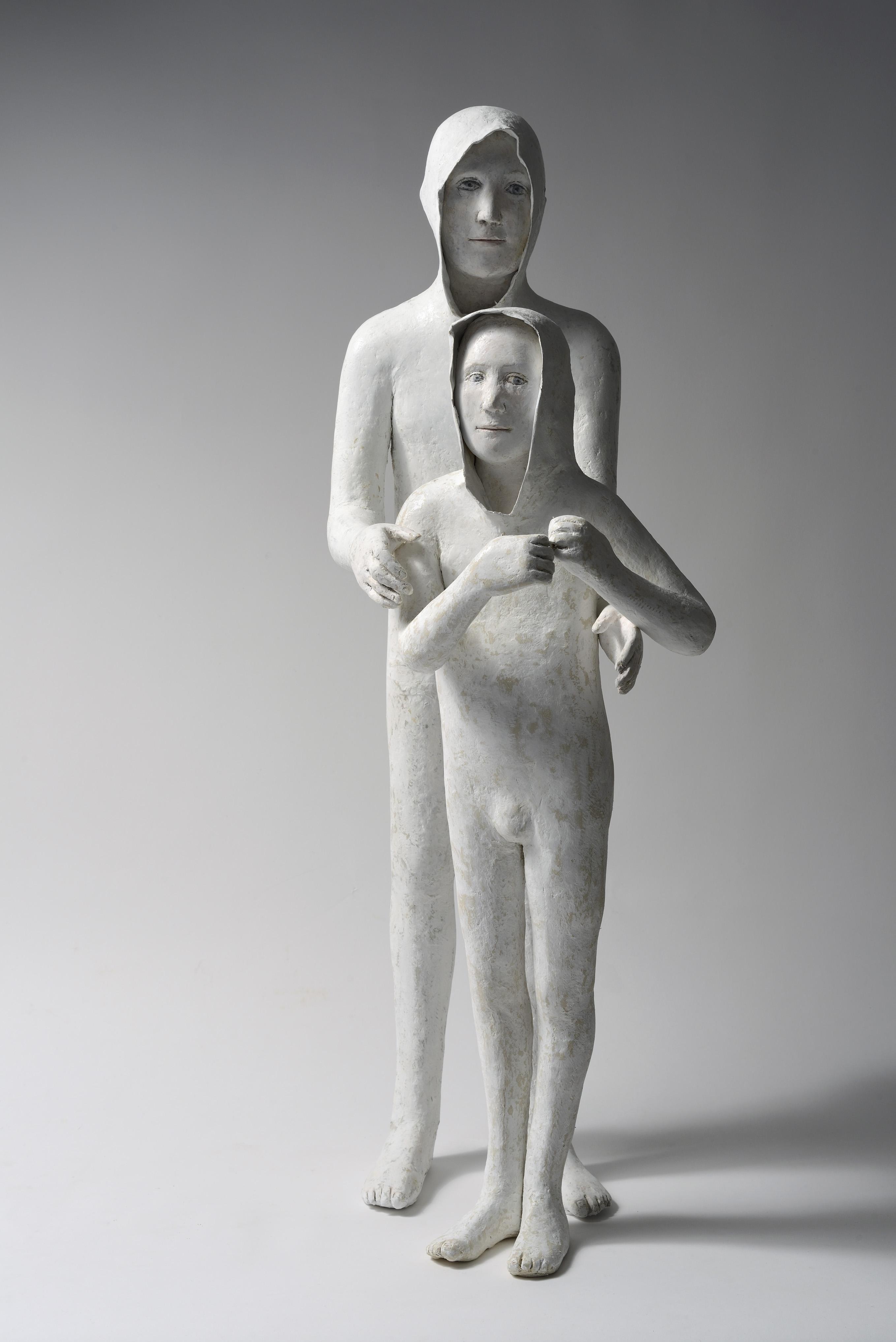 Baillon Agnès, Les deux frères, 2015, papier-mâché, H 85 cm
