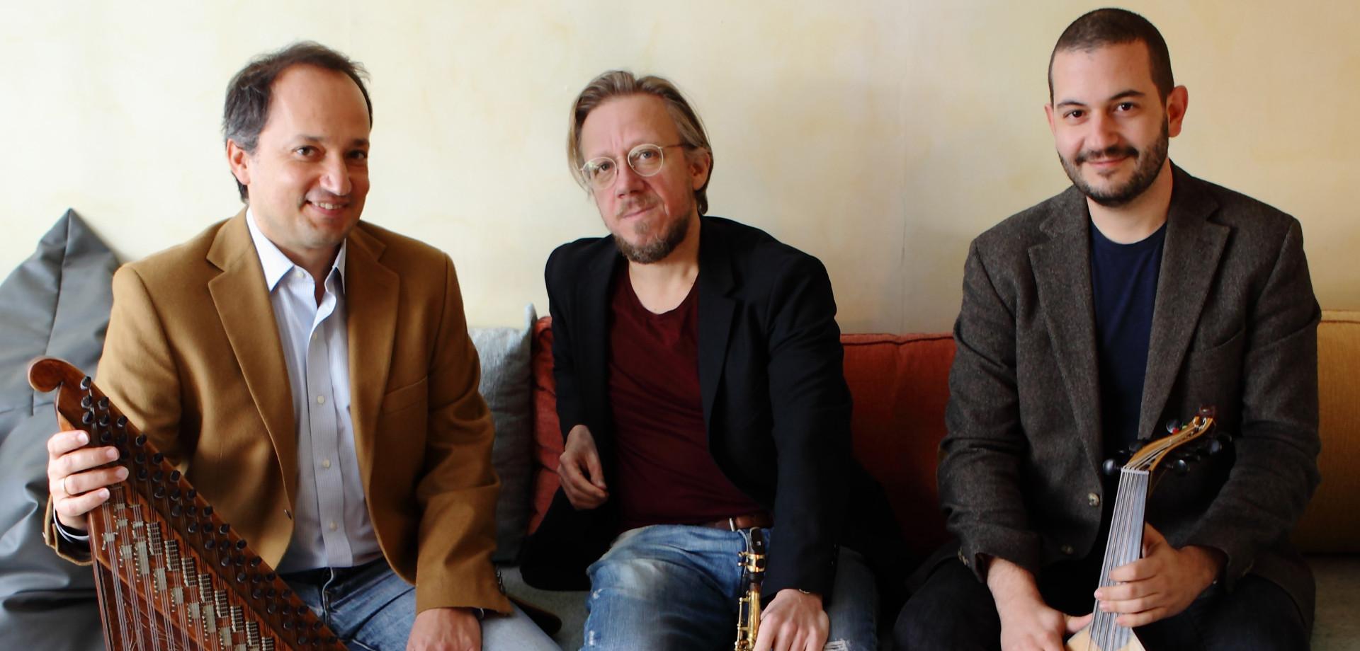 Trio Amoeba