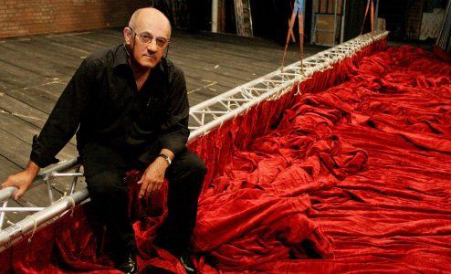 Στέφανος Λαζαρίδης: κυνικός ρομαντικός