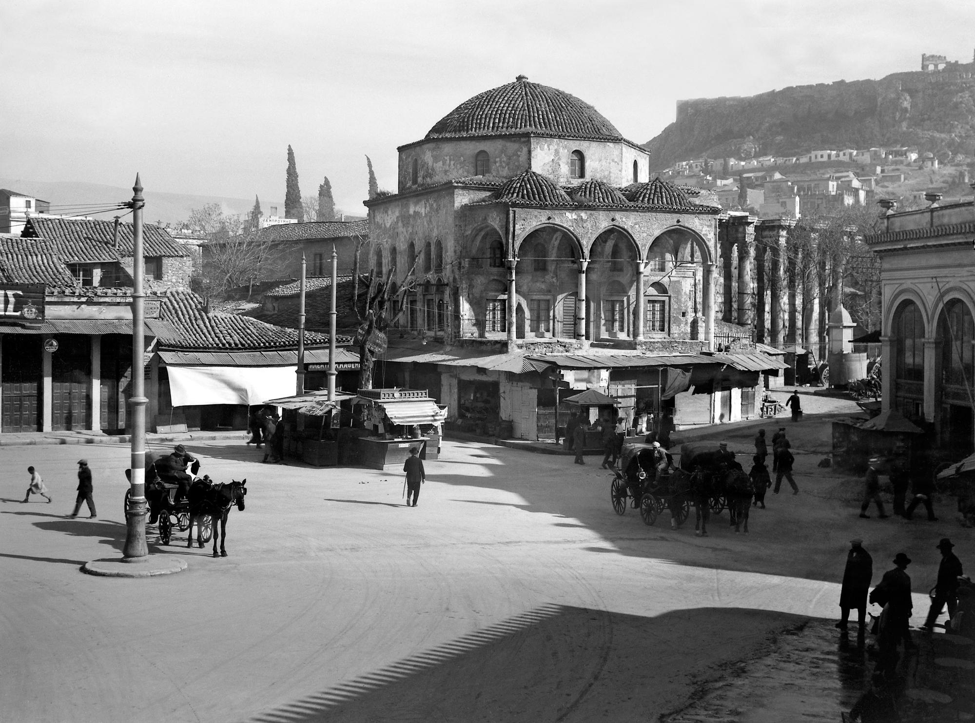 Nelly's, Το Τζαμί του Τζισδαράκη στο Μοναστηράκι, 1927-29