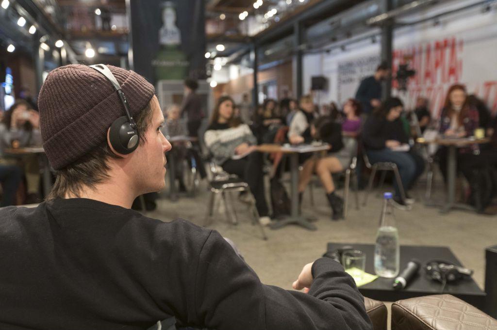Συζήτηση στην Αποθήκη Γ' με τον σκηνοθέτη Hans Block για την ταινία 'Ψηφιακοί καθαριστές' | ©Motion team/Βασίλης Βερβερίδης