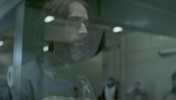 """Ο Ανδρέας Κωνσταντίνου πρωταγωνιστεί στην ταινία """"Η Σιγή των Ψαριών όταν Πεθαίνουν""""."""
