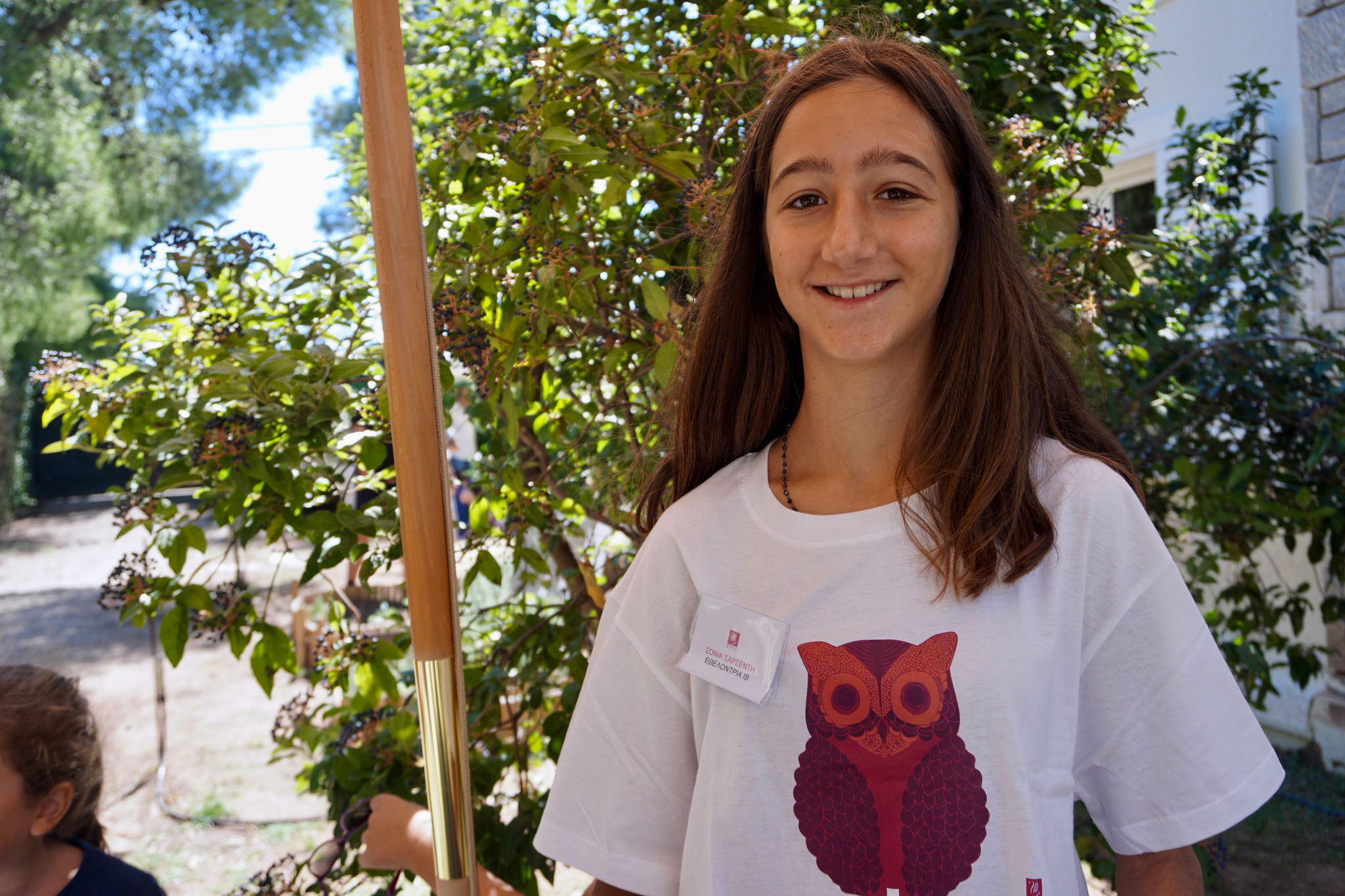 Η 16χρονη Σόνια συμμετέχει εθελοντικά στις δράσεις της Πύρνας για τους πρόσφυγες