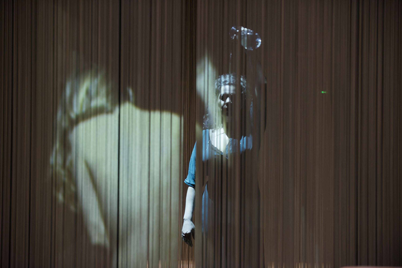 """Ithaca Our Odyssey 1""σε σκηνοθεσία, δραματουργία και σκηνογραφία τηςΚριστιάν Ζαταΐ | © Élizabeth Carecchio"