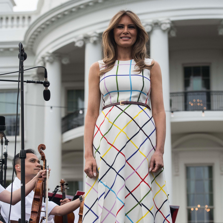 Η Μελάνια Τραμπ φοράει μια δημιουργία της Μαίρης Κατράντζου