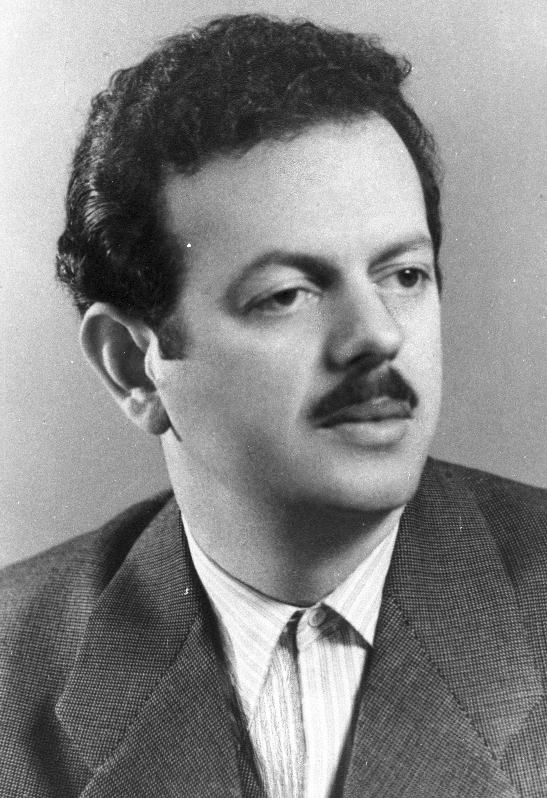 Βασίλης Τσιτσάνης