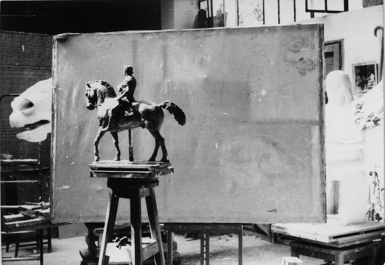 Μουσείο Μπενάκη / Εργαστήριο Γιάννη Παππά, Αθήνα. Γύψινη μελέτη για το γλυπτό του Μεγάλου Αλέξανδρου. Φωτογραφία Γιάννη Παππά.