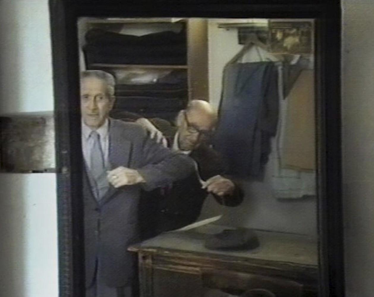 Εύα Στεφανή Μόνο άνδρες (από το έργο Ανάγλυφα), 2019 16 mm, Hi8, VHS-C, HDV, έγχρωμο, με ήχο, 70΄