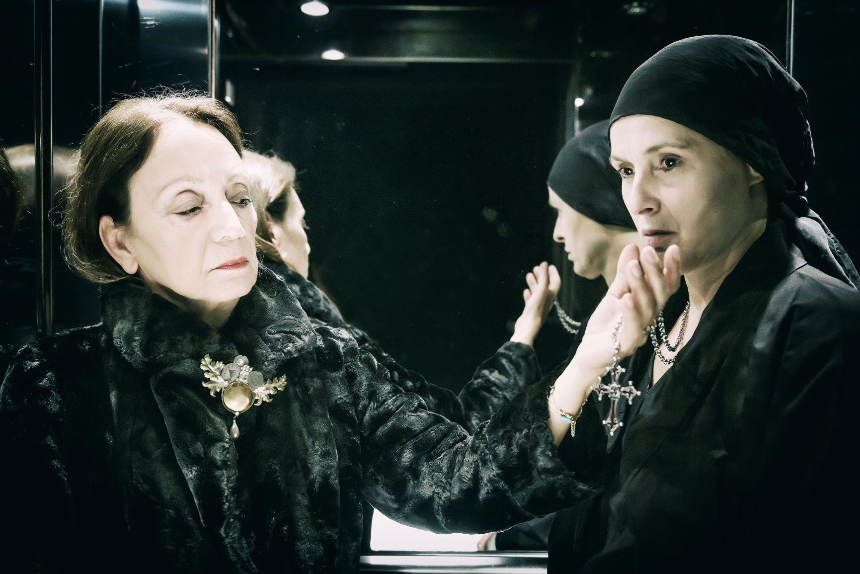 Μαρία Στιούαρτ σε σκηνοθεσία Άντζελας Μπρούσκου
