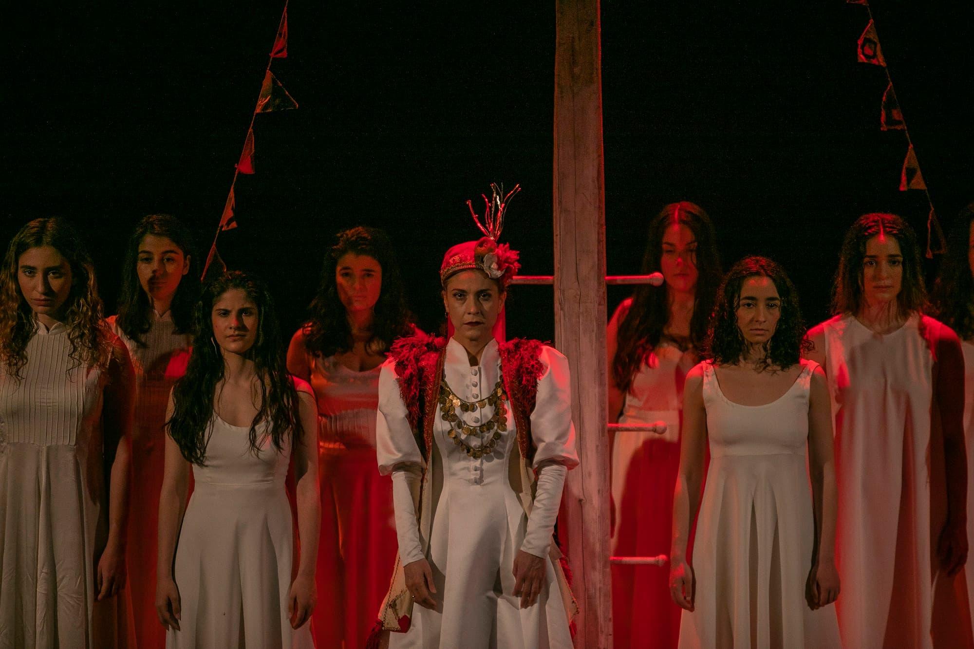 Tο τραγούδι της κυρα-Δομνίτσας στην GNO TV